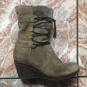 Khrio Suede Zippered Boots with Plush Lining